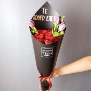 Ramo de Rosas con Tulipanes