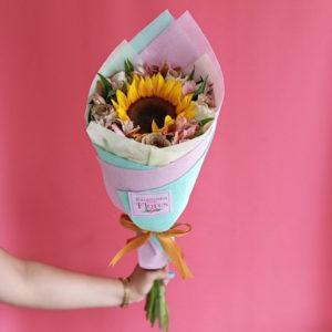 Ramo de Girasol y Rosas Enamorados
