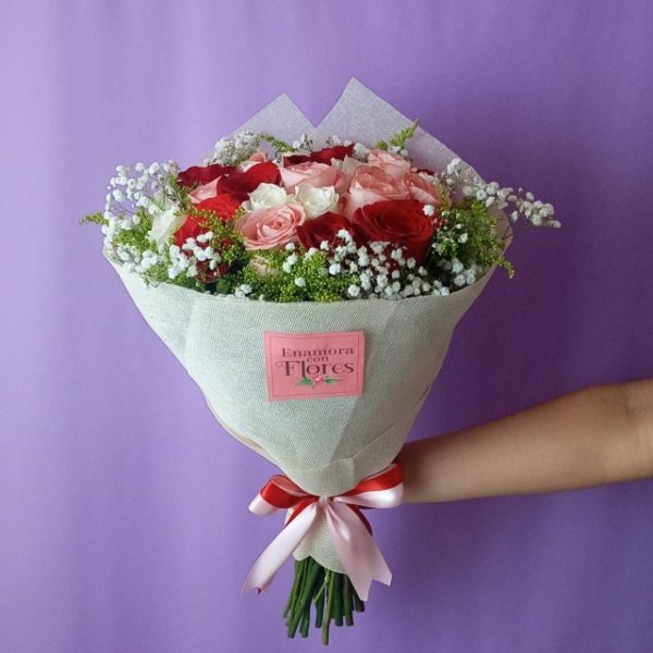Ramo de Rosas Amor Verdadero