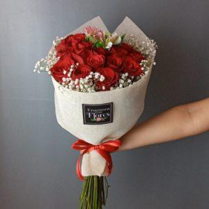 Ramo de Rosas Romance