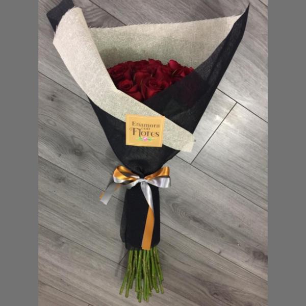 Ramo de Rosas Gran Amor